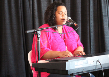 CCA student Jennaveve Combs performed a song at the beginning of the luncheon.
